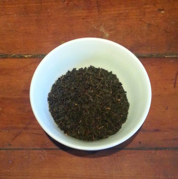 Feuilles de thé noir